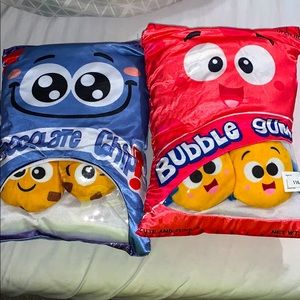 Plush pillow toys
